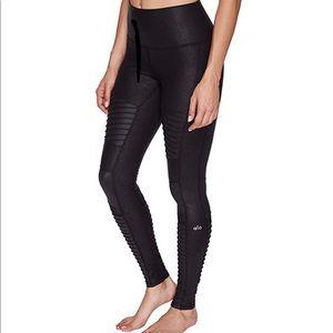 Alo Yoga Glossy Moto Leggings